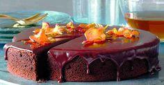 Vláčný čokoládový dort z červené řepy