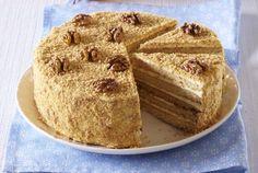 Starinske poslastice: bakina torta sa orasima (RECEPT)