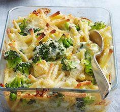 Broccoli and macaroni bake- Brokkoli-Makkaroni-Auflauf Broccoli and macaroni bake - Broccoli Recipes, Broccoli Pasta, Pasta Recipes, New Recipes, Vegetarian Recipes, Dinner Recipes, Healthy Recipes, Cooking Dishes, Cooking Recipes