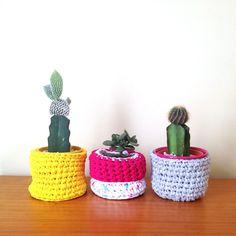 Crochê | Trio cachepot - Amarelo, cinza e rosa - ManüMonuMei