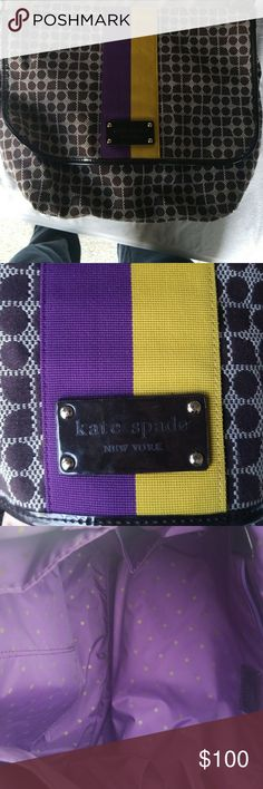 Kate Spade Diaper Bag Beautiful gently used Kate Spade diaper bag. I used this a few times in college. I maybe used it twice? kate spade Bags Baby Bags