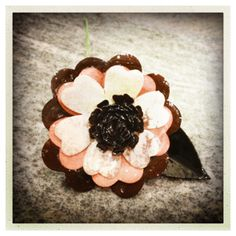 UTEE dipped flower