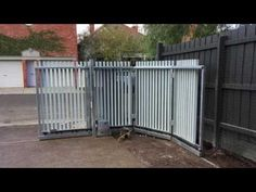 Turning Sliding Gate | The Sidturn | Armadale | Melbourne | Sidcon Fabrications - YouTube
