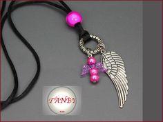 Kette Engel Nr. 2   Das Band ist ca. 1m lang.  Hübsche Kette mit schützendem Engel und Flügel.  VORSICHT! Kindern unter 3 Jahren die Kette nicht ohne Aufsicht anziehen - sie enthält...