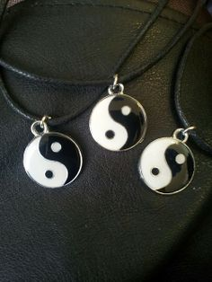 yin yang chokers £3 Yin Yang, Washer Necklace, Chokers, Bright, Drop Earrings, Jewellery, Diamond, Jewelery, Jewelry Shop