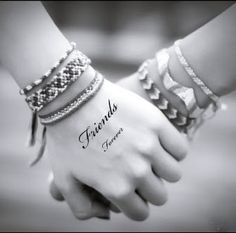 WILL U BE MY FRND  :))