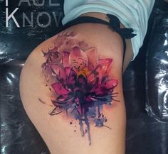 Love this watercolor tattoo!!