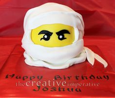 The Creative Imperative: Lego Party in the Hooooouuuuuse! Nice pics of how Lego cake was made.
