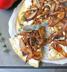 Inspired Edibles: Roasted Pear and Caramelized Onion Pizza with a Cauliflower Crust (Gluten Free, Grain Free)