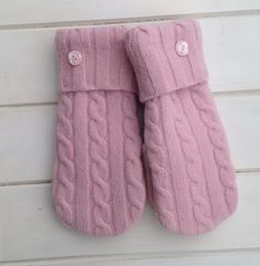 Women's Valentine Pink Wool Repurposed Sweater Mittens with Cable Design Size Medium with Polyester Fleece Lining Pink Vintage Buttons by SewforYou on Etsy