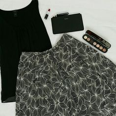 """DONATING 6/30 Excellent condition. No pilling. Worn once. Hidden snap buttons closure. Embroidery pattern in brown & white   100% cotton Made in India  Measurements Laying Flat Across:  Length:  22.5"""" Waist:  14"""" Club Monaco Skirts A-Line or Full"""