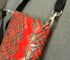 The Red messenger handbag by myecobags on Etsy ♡♡ Paper Chains, Feed Bags, Paper Weaving, Newspaper Crafts, Candy Wrappers, Camping Crafts, Candy Bags, Upcycled Crafts, Paper Design