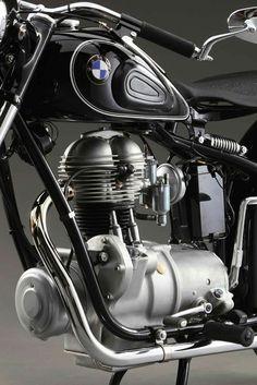 "doyoulikevintage: ""1953 BMW r25 """