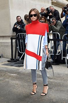 Is it a cape, a tabard or a poloneck? Miroslava Duma, street style star and fashion editor, lit up the pavement outside Chanel's couture show Fashion Week Paris, Milan Fashion Weeks, Miroslava Duma, Star Fashion, Look Fashion, Fashion Outfits, Vest Outfits, Fashion Editor, Fashion News