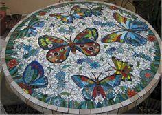 Butterflies Mosaic Table                                                                                                                                                                                 Más