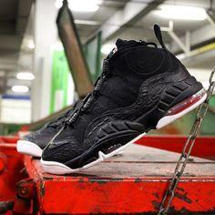 Der #Nike #air Max Sensation ist zurück! #nikeair @nikesportswear #retrosneaker #airmax #airmaxsensation #bred #jordan #aj6 #classic #basketball #nikeairmaxsensation #og #retro #retrosneaker #hype #sneaker #nikesportswear #hype #hypebeast #instakicks #kicks #kicksonfire #swoosh #label#followus #followme #share #airforce #airjordan #jordan