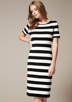 Attractive casual dresses for everyday and leisure wear. Feminine fashion for sophisticated women. Casual Dresses For Women, Short Sleeve Dresses, Sophisticated Dress, Feminine Style, Knit Dress, Short Sleeves, Pattern, How To Wear, Fashion
