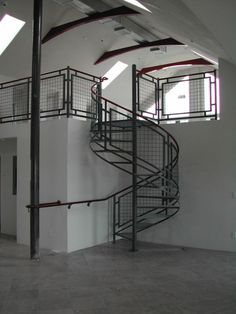 woven wire metal railings exterior | ... interior steel spiral stair and deck railing with wire mesh infill