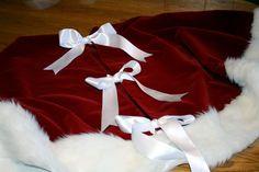 My no sew santa hat tree skirt. Super easy to make!