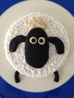 Shaun The Sheep Cake For Our Sons St Birthday  Food - Sheep cakes birthday