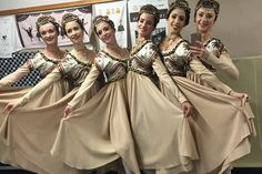 The corps de ballet take a photo behind the scenes during Romeo and Juliet on The Royal Ballet's Japan Tour 2016 © Gemma Pitchley-Gale