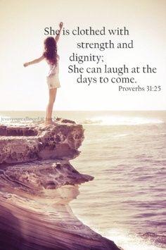 Ela está vestida com força e dignidade: ela pode rir nos dias que virão