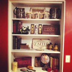 Vintage Shelf Decor - Globe with travel books