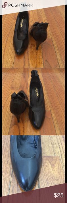 """Cute Vintage Black Shoes Well made with cute detailing in the back. 3 1/4"""" heels. Perfect with a nice skirt/dress or business attire.  Made in Spain. There are a few fine creases (enlarge pic's) from normal wear and a small piece of material missing from the right toe. Insoles are intact Andrew Geller Shoes Heels"""