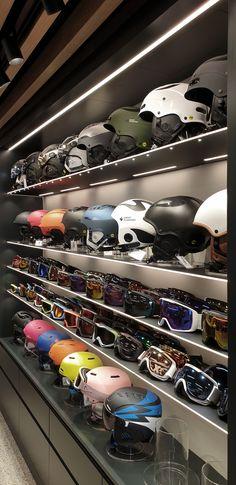 Helm und Skibrillenpräsentation - hier gelingt die Übersicht! Planer, Design, Design Comics