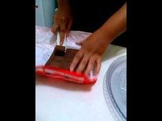 Aprendendo à fazer rolinhos de chocolate.