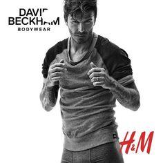 David Beckham es una vez más la imagen de la colección de imprescindibles de H&M bajo el nombre Modern Essentials, para la primeravera-verano 2015. La campaña fue filmada por el el director de ...