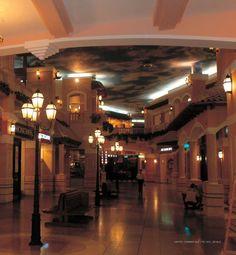 Italienische Leuchten. 50140 auf Mast P1220. Lanterne medie aus Terme Shops, Led, Mansions, Lighting, House Styles, Modern, Home Decor, Lantern, Tents