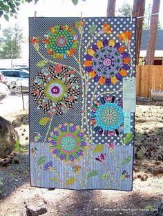 Picasa Web Albums - Em Bee Large bold modern flower quilt