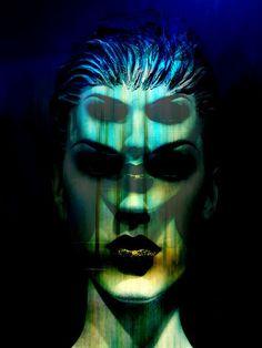 'The+double+face'+von+Gabi+Hampe+bei+artflakes.com+als+Poster+oder+Kunstdruck+$23.56