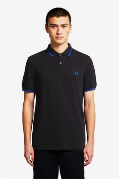 A timeless style, this Replay polo shirt is made with a comfortable cotton that has a slight stretch for range of movement. With tipped stripes at the collar and sleeves and Replay branding throughout. Fred Perry Polo Shirts, Fred Perry Shirt, Polo Shirt Outfits, Nike Outfits, Celebrity Closets, Celebrity Style, Pique Shirt, Twin Tips, Tennis Shirts