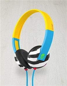 gifts: Skullcandy Locals Only Uproar Headphones Set! Same Day Delivery Service, Gadget Gifts, Gifts For Him, Over Ear Headphones, Gadgets, Gadget, Boyfriend Gift Ideas