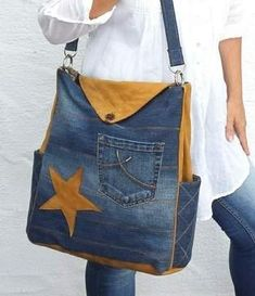 Wonderful Cost-Free Makerist - bag bag Lissy by Zaubernahnna - 1 Popular I enjoy Jeans ! And much more I love to sew my own personal Jeans. Next Jeans Sew Along I'm like Jean Purses, Purses And Bags, Jean Diy, Sewing Jeans, Sewing Diy, Jeans Fabric, Denim Ideas, Denim Crafts, Love Jeans