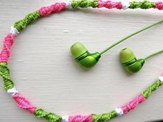 Learn how to personalize the cord on your headphones, for more cool projects like this click the link in the bio #diy #crafts #fun #cute #diyideas #crafty #diyprojectsforteens #diyproject #craft #projects #teens #hi #swag #teenagers #creative #project #awesome #art #artsy