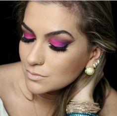 Saiba aqui qual o tom de rosa mais indicado para as suas maquiagens
