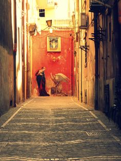 One of the most incredible cities I've visited. Us Travel, Italy Travel, Places To Travel, All About Italy, Houses In France, Live In The Present, Naples Italy, Southern Italy, Beautiful Buildings