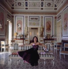 Anna Monroy di Giampilieri, 1984 {photo :: Slim Aarons}