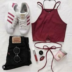 Source by alessiachiodan tween outfits casual Cute Comfy Outfits, Cute Outfits For School, Cute Summer Outfits, College Outfits, Stylish Outfits, Fresh Outfits, Teenage Girl Outfits, Teen Fashion Outfits, Cute Fashion