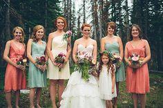 Image from http://i1.wp.com/mountainsidebride.com/wp-content/uploads/2014/01/aqua-coral-bridesmaids-dresses.jpg?resize=650%2C432.