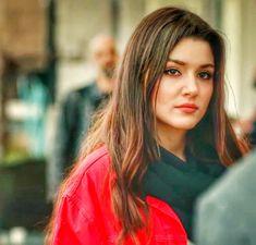 Beautiful Muslim Women, Beautiful Celebrities, Muslim Beauty, Hande Ercel, Turkish Beauty, Turkish Actors, Woman Face, Indian Dresses, Actresses