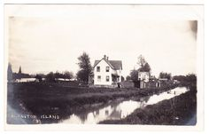 BC – BARNSTON ISLAND, View of Homes c.1910s-1920s RPPC