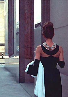 Afternoon glam... #audreyhepburn #breakfastattiffanys