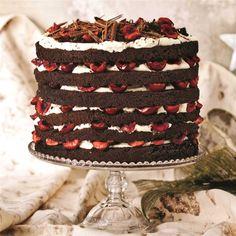 Black Forest Cake Baking Recipes, Cake Recipes, Dessert Recipes, Yummy Recipes, Yummy Food, Brownie Muffin Recipe, Baking Items, Chocolate Shavings, Chocolate Cake