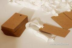 Bruna Tags Blank. Rustikt Placeringskort Bröllop