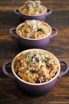 Eat oatmeal for dinner! Cheap and delicious Savory Mushroom and Herb Steel Cut Oat Risotto.