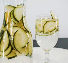 Infusión de Pepino&Limón. Para más recetas visita bajaren5dias.com